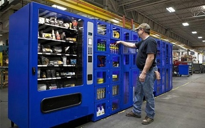Coil vs. Locker Industrial Vending Machines - MartinSupply.com